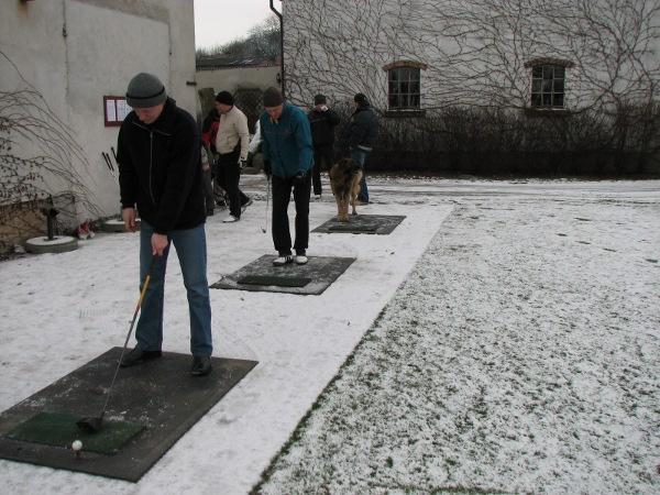 """<a href=""""http://golf-olszewka.pl/wp-content/uploads/2010/01/nowyrok2010.jpg""""></a> Nie ma to jak zacząć rok na golfowo!"""